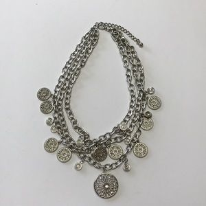 Jewelry - Boho vibe triple strand necklace